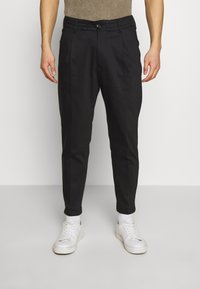 DRYKORN - CHASY - Trousers - black - 0