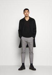 DRYKORN - BREW - Trousers - grey - 1
