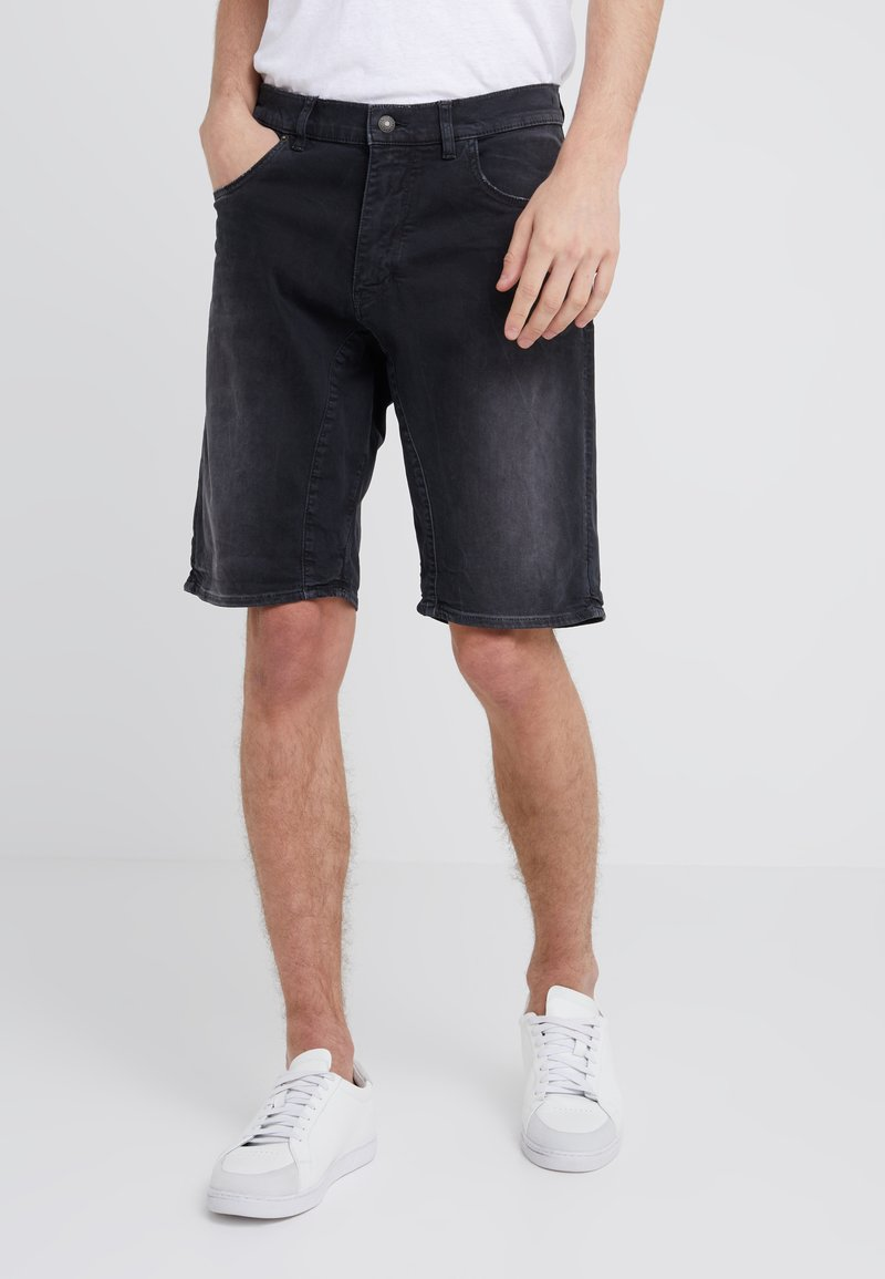 DRYKORN - SEEK - Jeans Shorts - black
