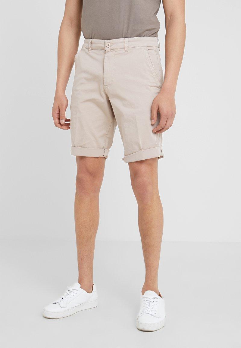 DRYKORN - BRINK - Shorts - beige
