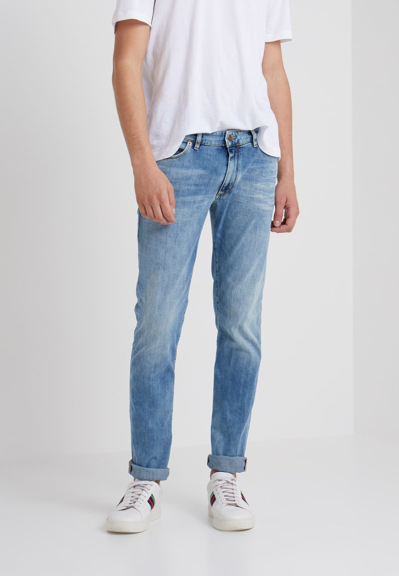 DRYKORN - JAW - Slim fit jeans - light-blue denim