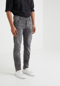 DRYKORN - JAZ - Slim fit jeans - grey denim - 0