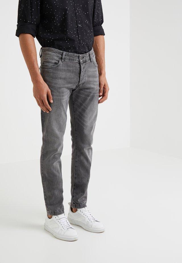 JAZ - Slim fit jeans - grey denim