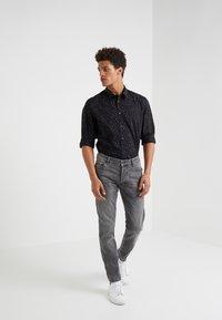 DRYKORN - JAZ - Slim fit jeans - grey denim - 1