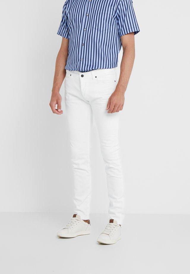 JAZ - Slim fit jeans - white