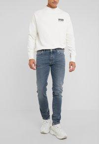 DRYKORN - JAZ - Slim fit jeans - blue - 0