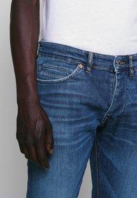 DRYKORN - JAZ - Slim fit jeans - blue - 4