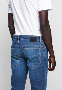DRYKORN - JAZ - Slim fit jeans - blue - 3