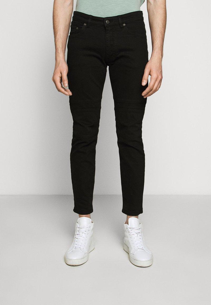 DRYKORN - RAZ - Slim fit jeans - schwarz
