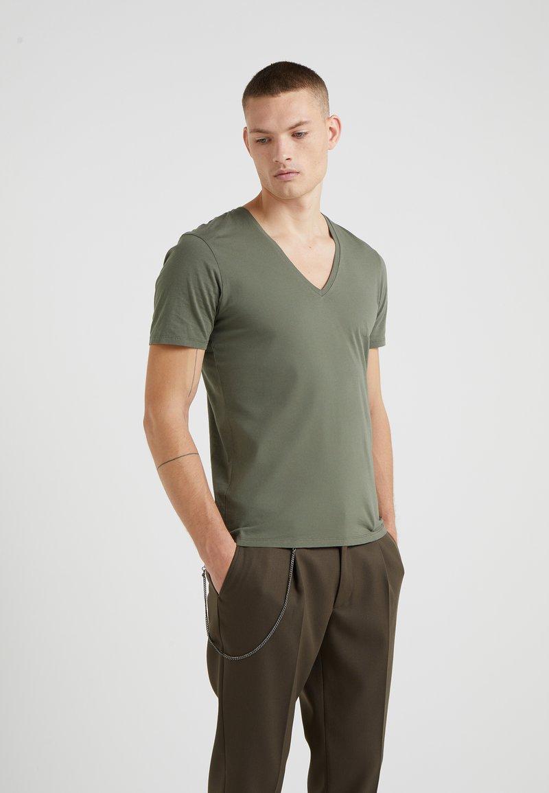 DRYKORN - QUENTIN - T-shirt - bas - khaki