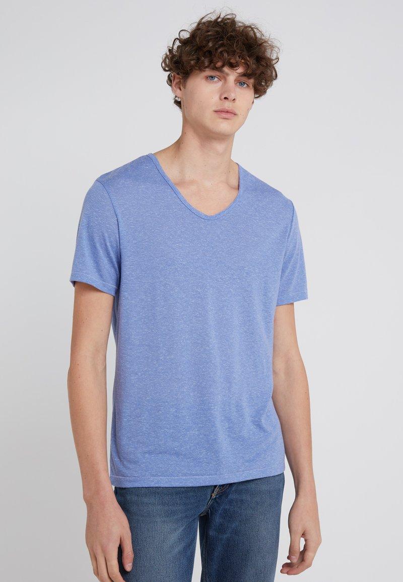 DRYKORN - RAVY - Basic T-shirt - mottled blue