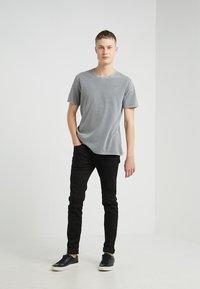DRYKORN - LIAS - T-shirt basique - grey - 1