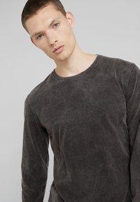 DRYKORN - ELIAH - T-shirt à manches longues - anthracite - 3