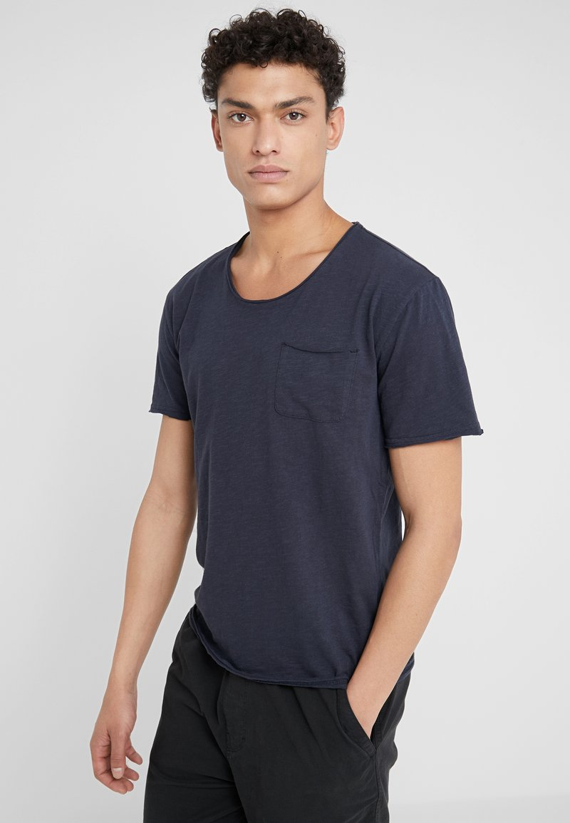 DRYKORN - TEO - Basic T-shirt - navy