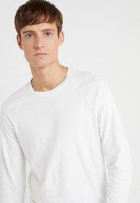 DRYKORN - LEMAR - Bluzka z długim rękawem - white - 4