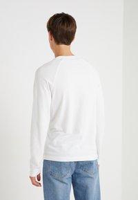 DRYKORN - LEMAR - Bluzka z długim rękawem - white - 2