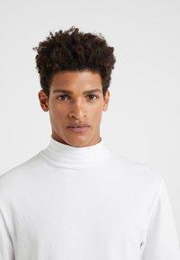 DRYKORN - TAMO - Langarmshirt - white - 4