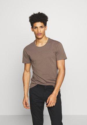 CARLO - Basic T-shirt - khaki