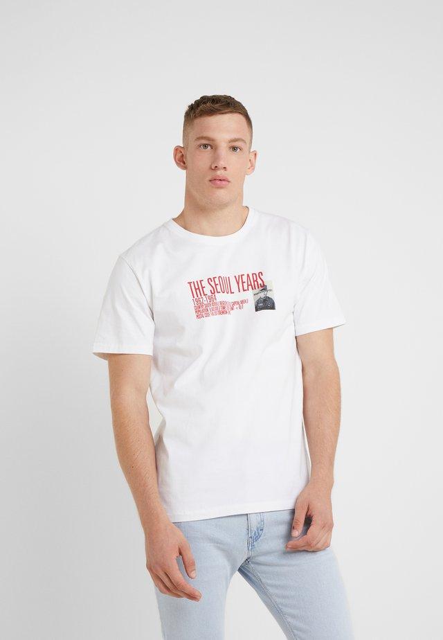 SAMUEL SEOUL - T-shirt print - white