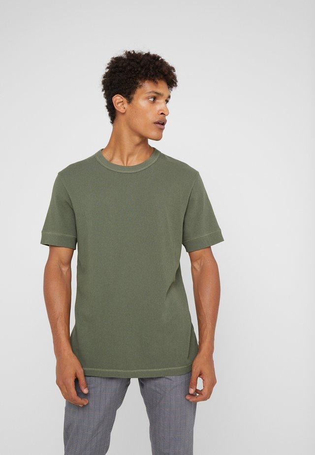 RAPHAEL - Basic T-shirt - oliv