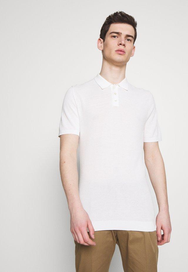 TRITON - Poloshirt - white