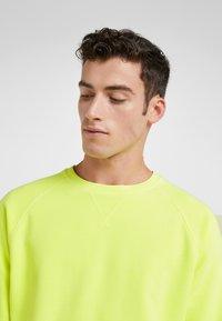 DRYKORN - RAZER - Sweatshirt - yellow - 4
