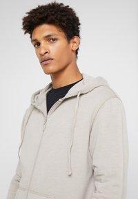 DRYKORN - PAYN - Zip-up hoodie - beige - 4