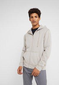 DRYKORN - PAYN - Zip-up hoodie - beige - 0