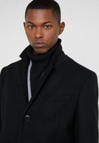 DRYKORN - BLACOT - Zimní kabát - black - 3