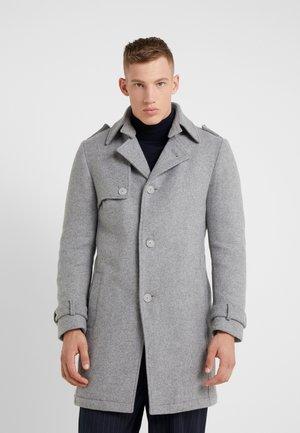 SKOPJE - Krátký kabát - grau