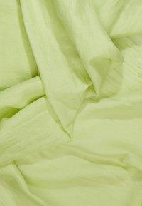DRYKORN - FREEZE - Šála - neon yellow - 2