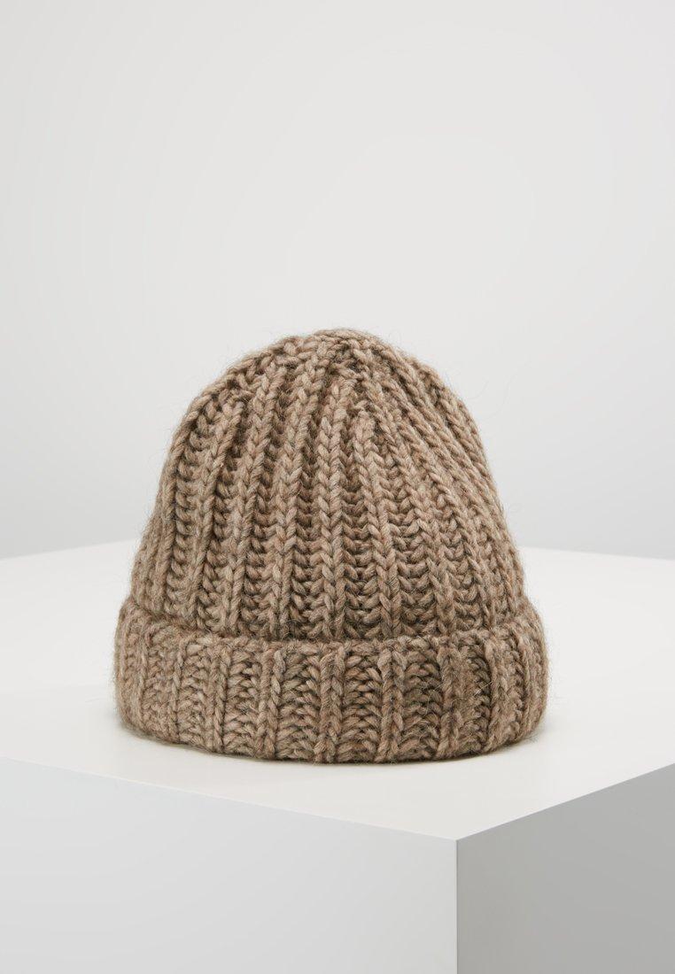 DRYKORN - BREENA  - Bonnet - sand