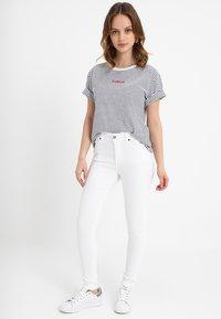 Dr.Denim Petite - LEXY - Jeans Skinny - white - 1