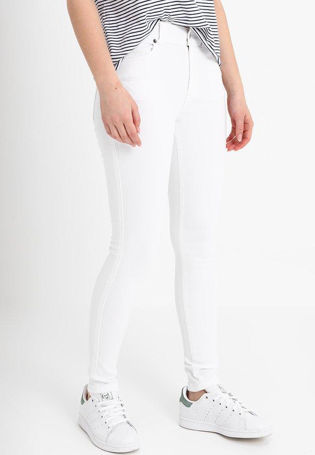LEXY - Jeansy Skinny Fit - white