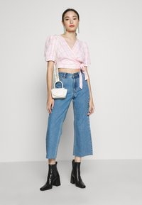 Dr.Denim Petite - CADELL - Jeans Relaxed Fit - retro sky blue - 1