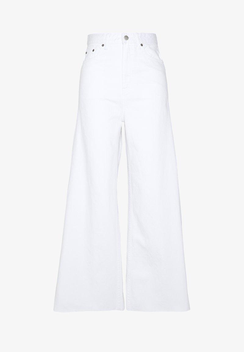Dr.Denim Tall - AIKO TALL - Flared jeans - white