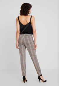 Dranella - FANGO PANTS FASHION FIT - Spodnie materiałowe - beige - 3