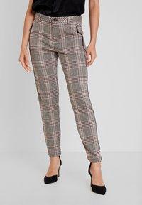 Dranella - FANGO PANTS FASHION FIT - Spodnie materiałowe - beige - 0