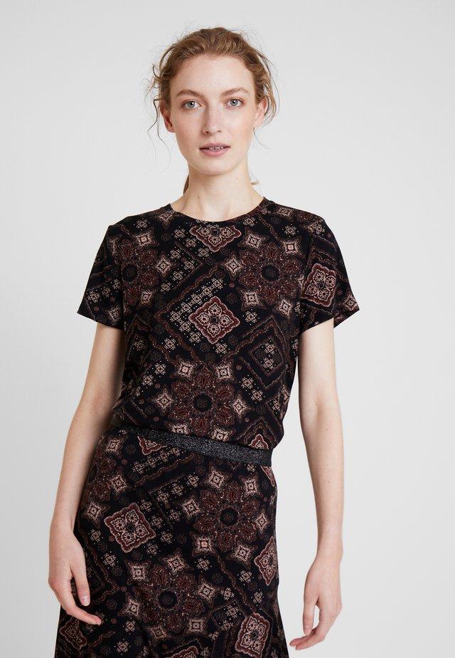 DRENZA TEE - Print T-shirt - black