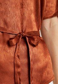 Dranella - DRECLIO BLOUSE - Camicetta - leather brown - 6