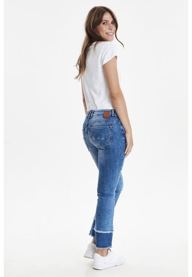 OPIUM 1 /TRACY  - Jeans Bootcut - bella blue