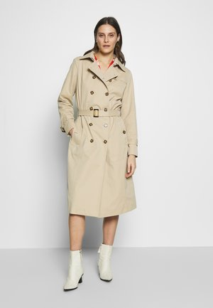 HELENA - Trench - oxford tan