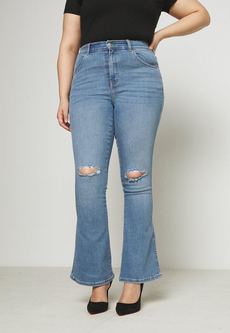 Dr.Denim Plus - SONIQ FLARE - Flared jeans - westcoast light blue ripped