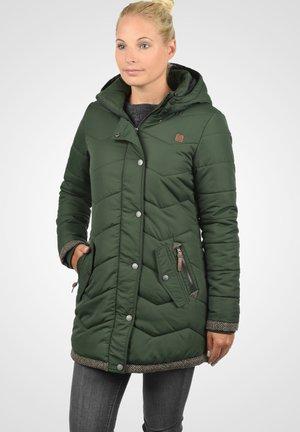 STEPPMANTEL DENISE JACKE - Winter coat - climb ivy