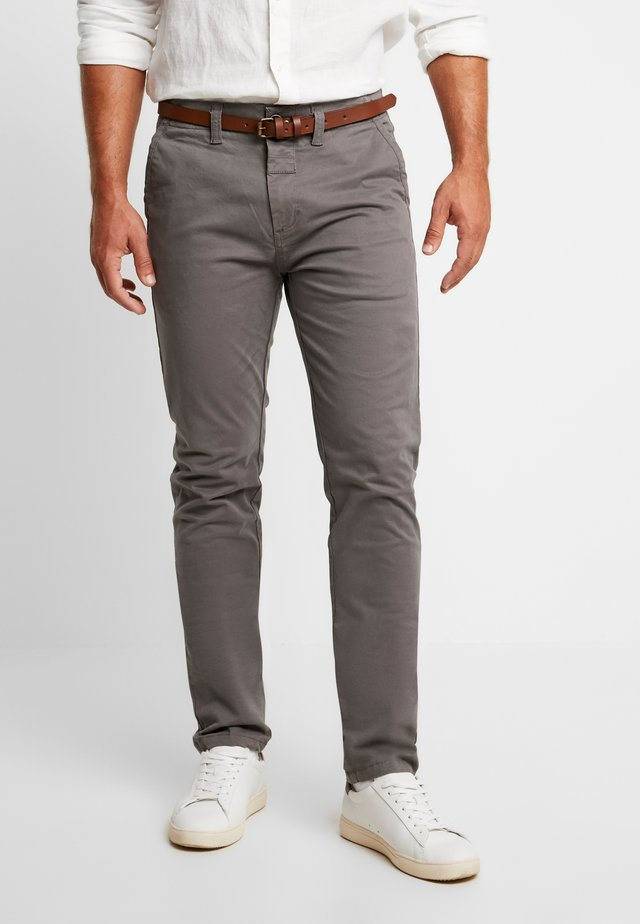 PRESLEY PANTS WITH BELTSTRETCH - Chino - granite grey