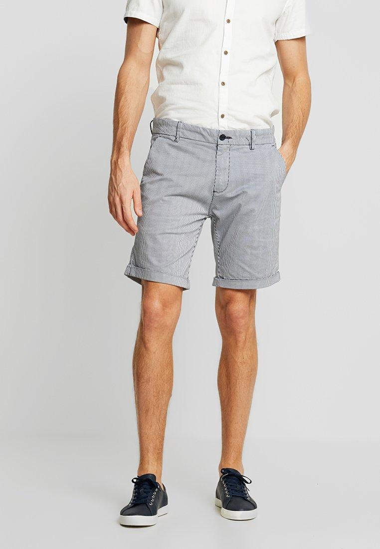 Dstrezzed - STRIPE FINE - Shorts - navy/white