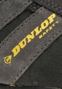 Dunlop - Chaussures de course - blue - 5