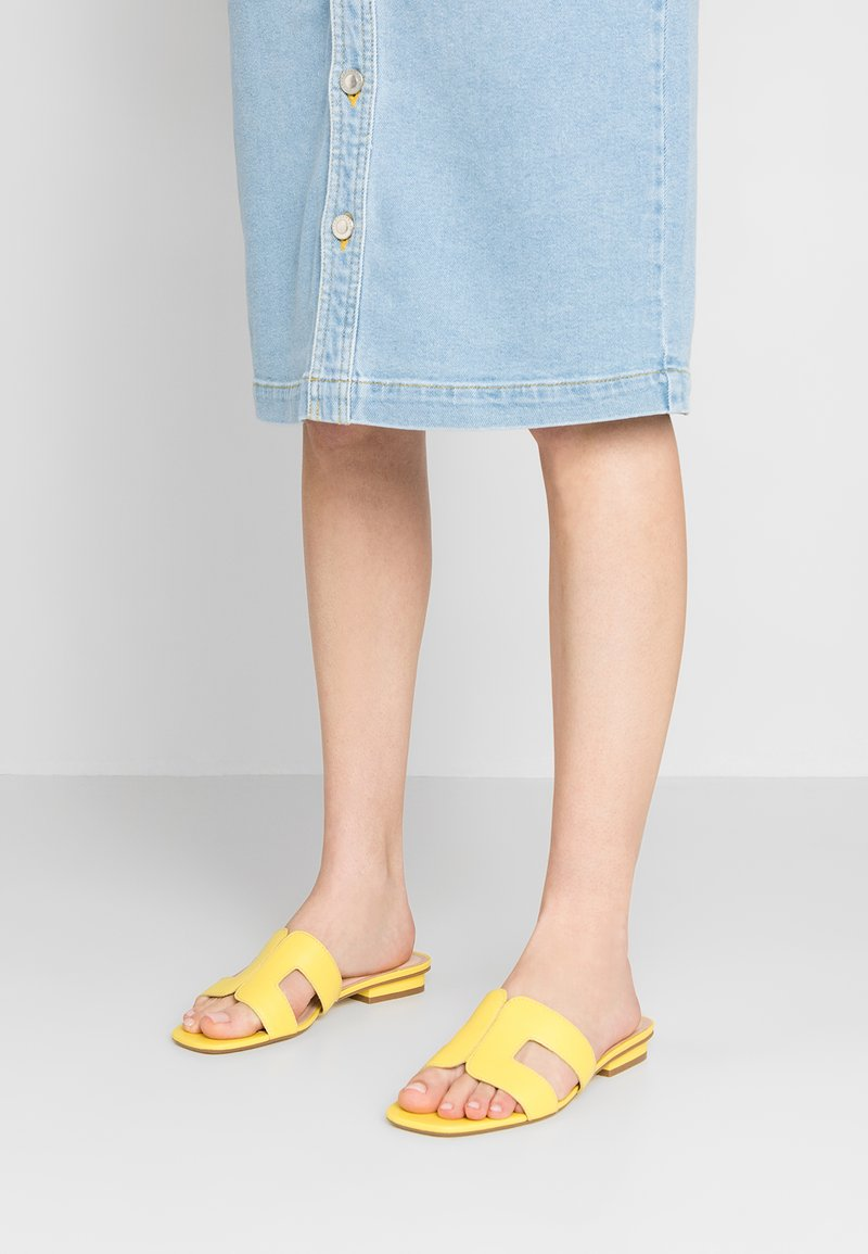 Dune London - LOUPE - Mules - yellow