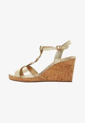 KOALA - Sandály na klínu - gold