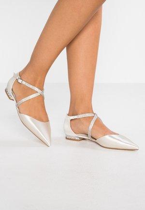 CARING - Ankle strap ballet pumps - ivory